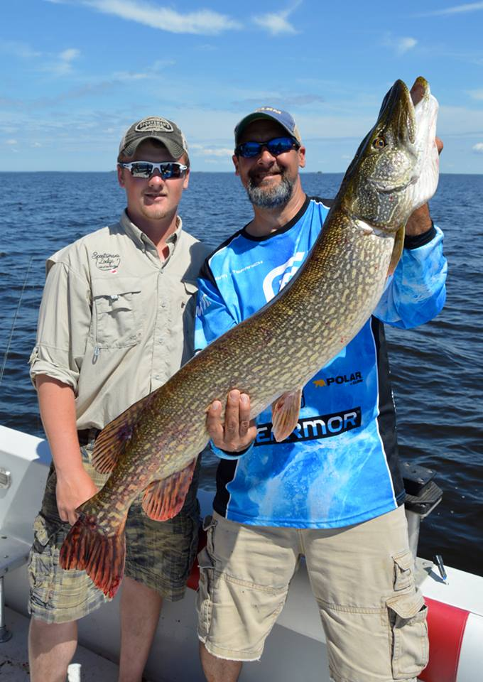 Open water fishing on lake of the woods minnesota for Rainy river fishing report 2017