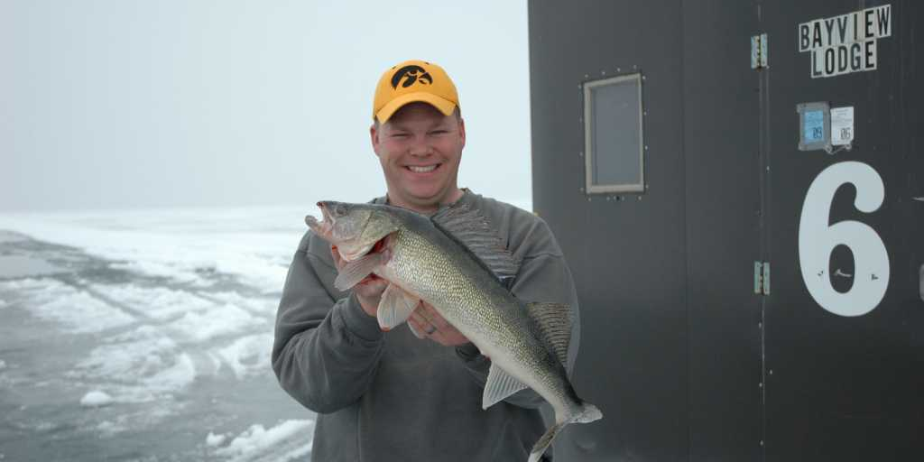 bayview_ice-fishing-2